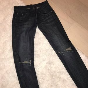 Size 23 Carmar ripped jeans. (Could fit 24/25)
